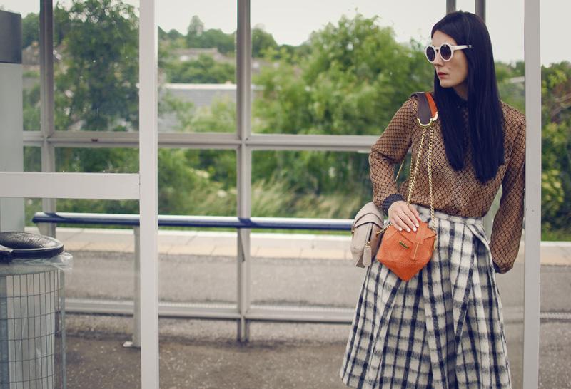 kingdom of style-satchel